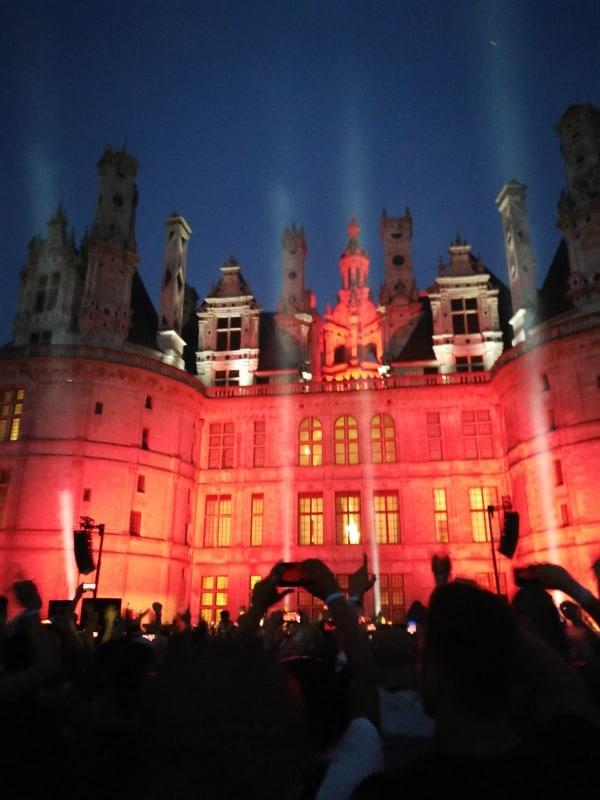 Façade du château durant le Chambord X Cercle Festival